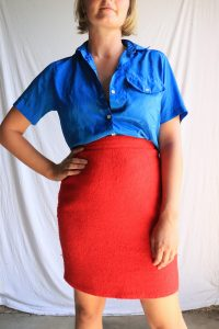 80s/90s cue red wool skirt