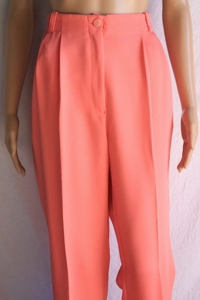 90s salmon coloured pants