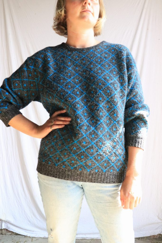 80s grey and blue knitted jumper