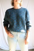 80s grey and blue jumper